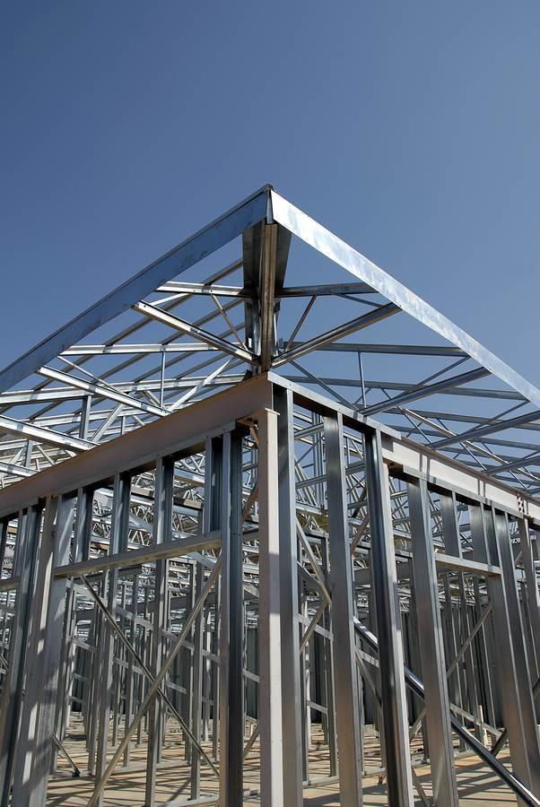 bigstock-Steel-Framing-1567008.jpg (602×900)
